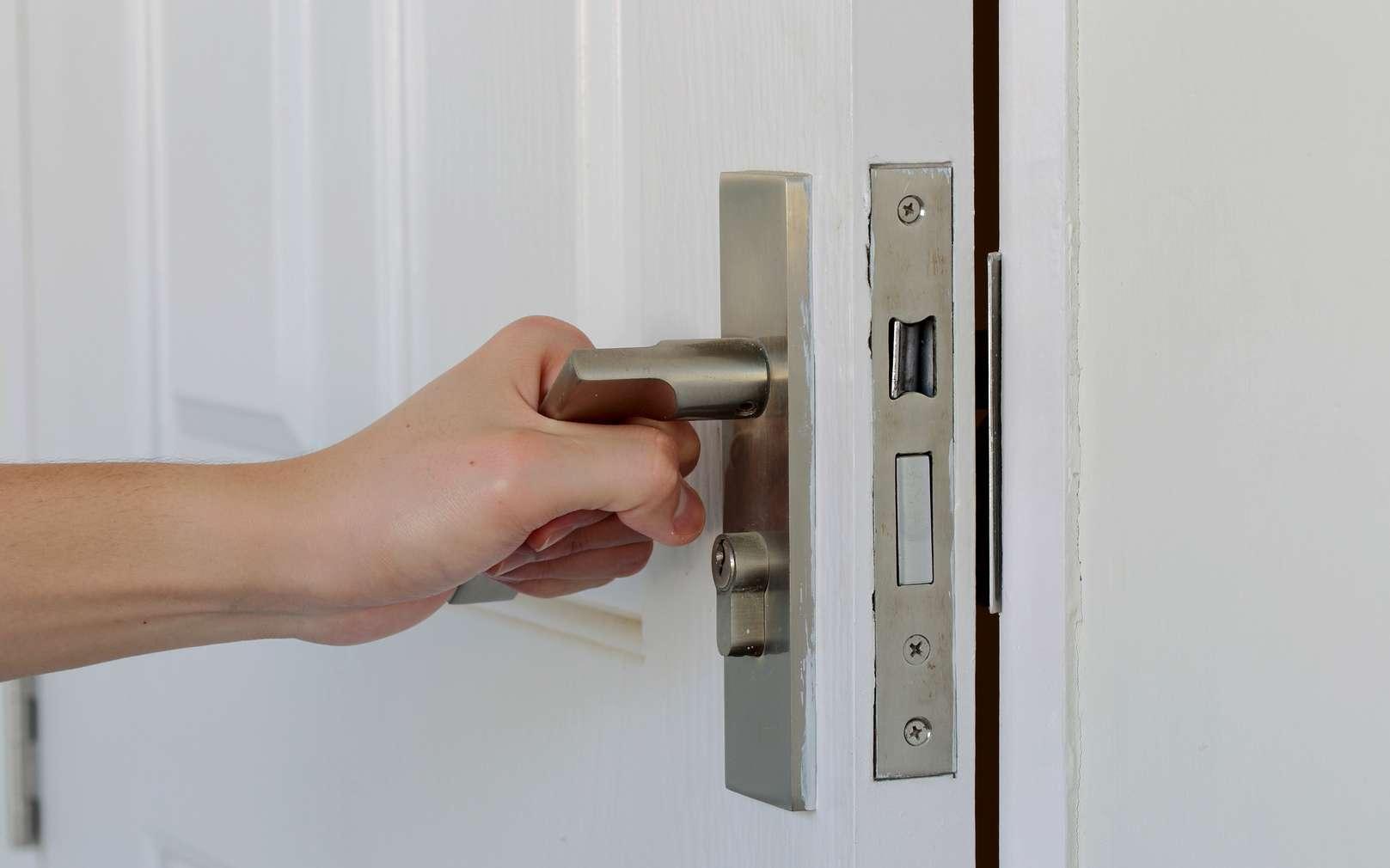 Astuces pour changez vos serrures - Changer une porte d entree sans changer le cadre ...